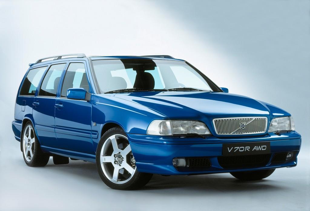 6333_Volvo_V70_R_AWD