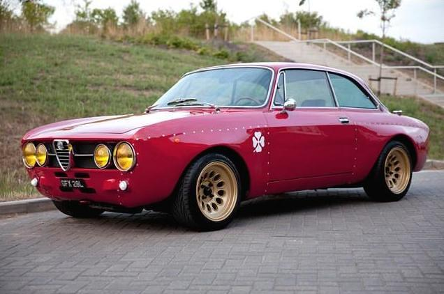 Alfa Romeo 2000 GTAm Tribute