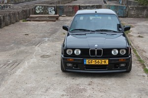 BMW E30 325i Touring Mtech2 36