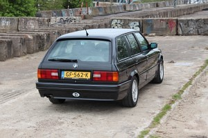 BMW E30 325i Touring Mtech2 38