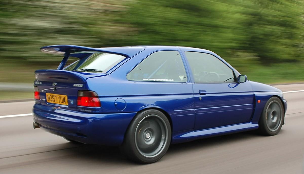 Escort-Cosworth-1200x688