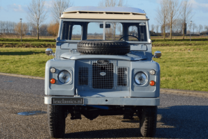 Land Rover Series 2A 01