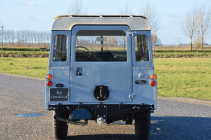 Land Rover Series 2A 08
