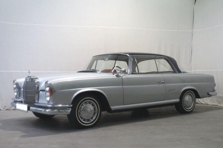 Mercedes-Benz 220SE Coupe