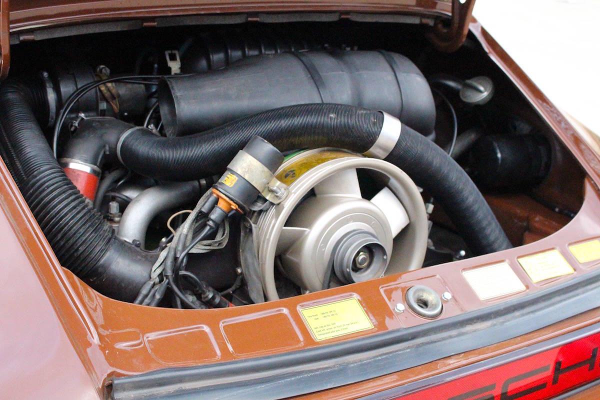 Porsche 911S 2.7 Targa 16