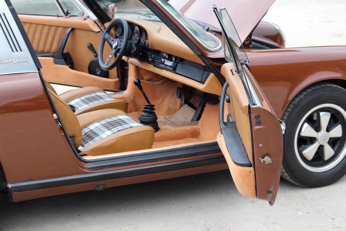 Porsche 911S 2.7 Targa 28